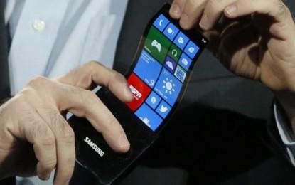 Telefonul flexibil Samsung