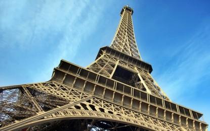 O vizita la Turnul Eiffel 2